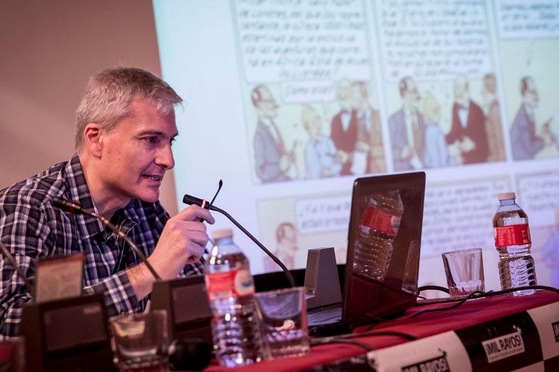 David Baker en un momento de su conferencia. Foto: © Jesús Caso